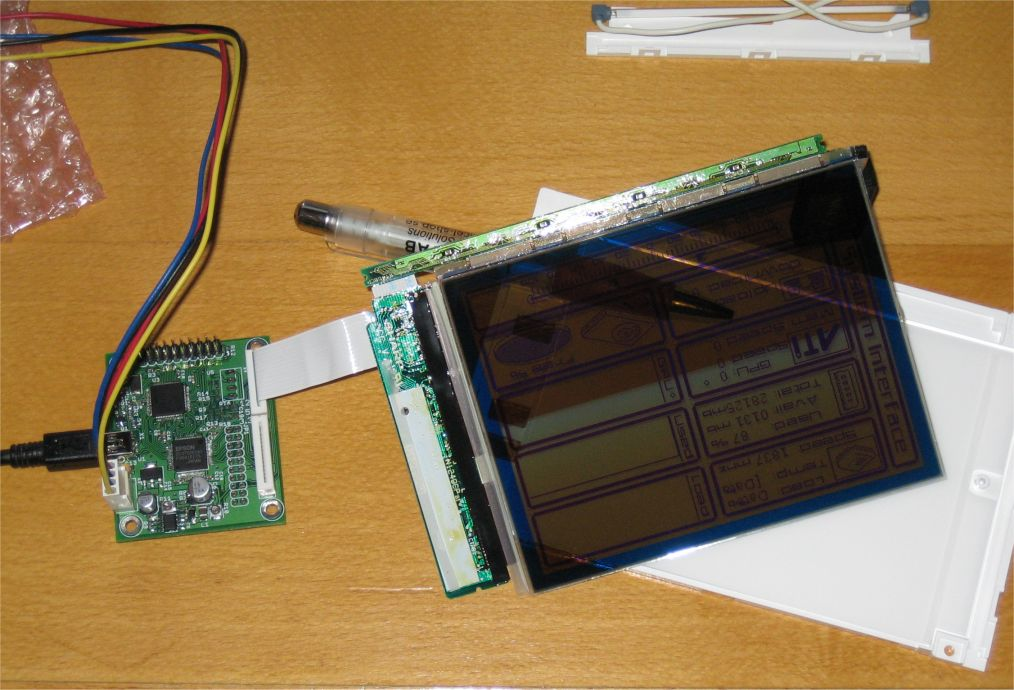 usb13700_transparent_lcd.jpg